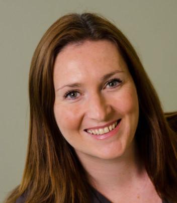 Portrait image of Lynne Cole