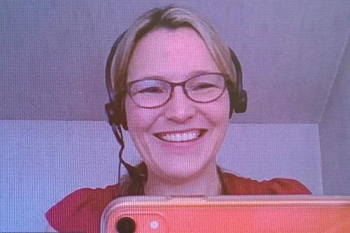 Dr jutta tobias mortlock delivering online mindfulness session